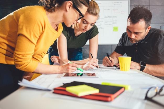 Účetnictví a daňové poradenství pro střední firmy